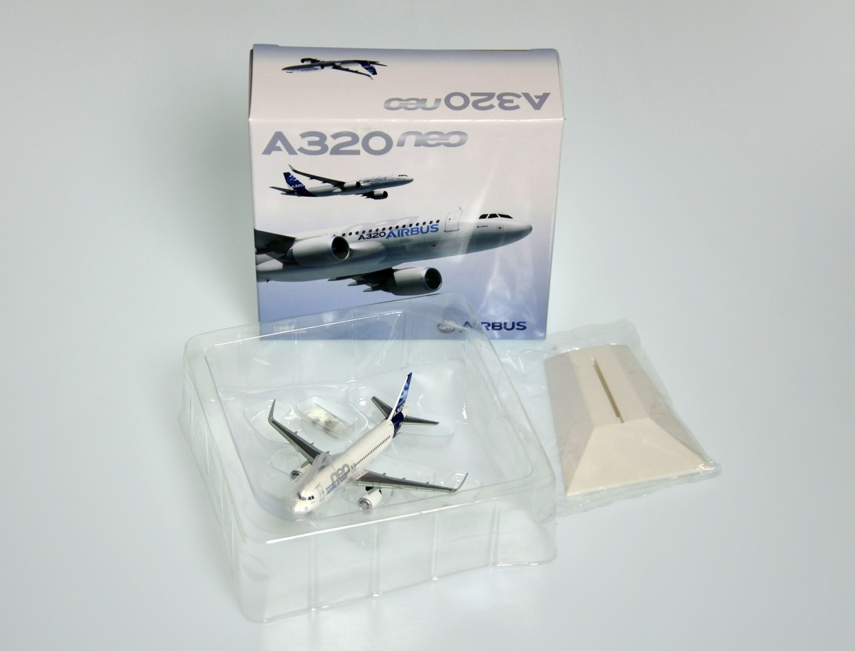 A320neo Modell 1:400