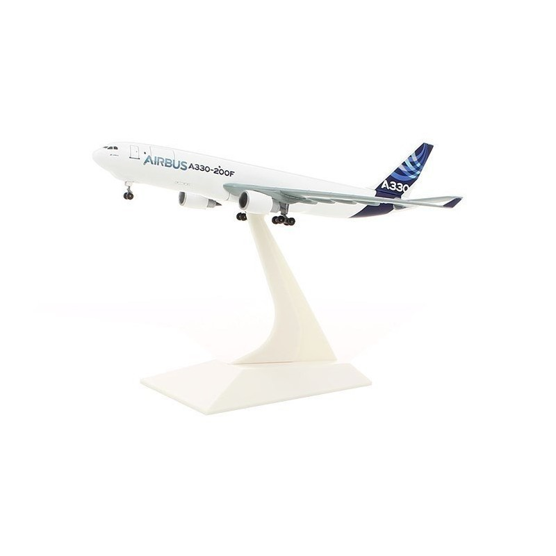 A330-200F Modell 1:400